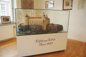 Klippankompaniet hade låtit bygga en modell av Älvsborgs slott. Det kan nu ses i Novotel (hotellet, som har inretts och byggts i borgbergets sluttning).