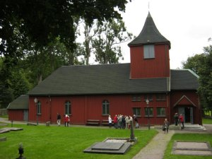 Råda kyrka – en väl bibehållen 300-åring. Foto: Lars Gahrn.