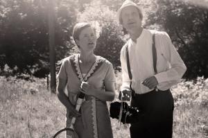 Under vandringen får vandrarna vara med om   ett frieri. Foto: Elin Åström.