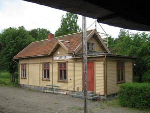 Även Kvarnabo station är välbevarad och välskött.