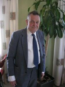 Göran B. Nilsson höll föredrag om skalden och Grönköpingsförfattaren Nils Hasselskog. Foto: Lars Gahrn.