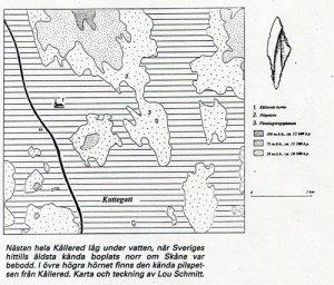 Nästan hela Kållered låg under vatten, när Sveriges hittills äldsta kända boplats norr om Skåne var bebodd. I övre högra hörnet finns den kända pilspetsen från Kållered. Karta och teckning av Lou Schmitt.