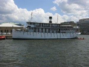 Kanalbåten Wilhelm Tham.