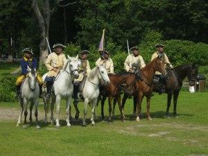 Det karolinska kavalleriet, uppställt för fotografering. Foto: Lars Gahrn.