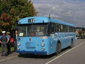 Vem kan säga nej till en åktur med en så fin veteranbuss?