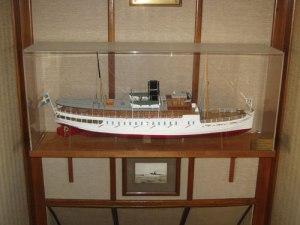 Modellen ombord på fartyget.