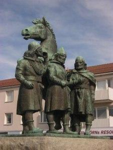 Även de tre kungarna, som möttes 1101, har fått ett minnesmärke.