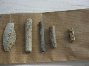 Niklas Krantz fann bitar av kritpipor vid Eidsvoll. Har grundlagsfäderna tagit sig ett bloss, när de tog rast under sina överläggningar?