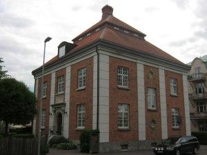 Detta hus lär vara påverkat av Riddarhuset i Stockholm.