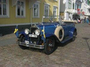 Denna mycket vackra bil såg man på kajen.