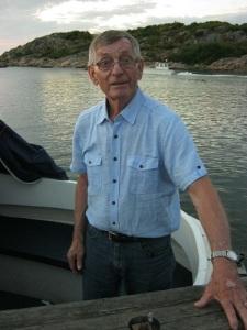 Bert Karlsson från Asperö i sin båt. Foto: Lars Gahrn.