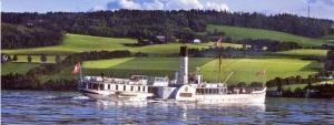 Skibladner på Mjösa. Vykortsbild.