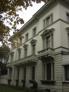 Dicksonska palatset är ett ståtligt palats i renässansstil. Foto: Lars Gahrn.