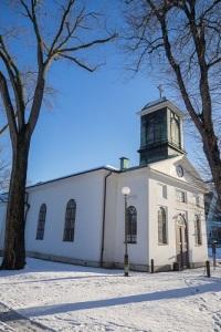 Mariakyrkan i vinterskrud från nordväst. Foto: Anders Västlund.