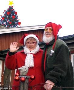Ulla Enalid Thomsen och hennes make Einar Enalid önskar alla läsare God Jul och Gott Nytt År.