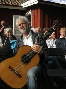 Martin Bagge vid Gunnebos brostuga. Foto: Lars Gahrn.