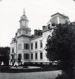 Wendelsbergs huvudbyggnad före ombyggnaden. Foto: Knut Kjellman, Mölndals Hembygdsförenings fotosamling.