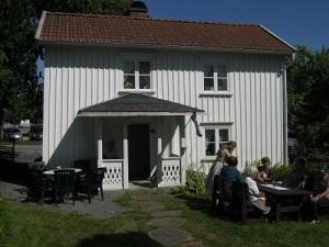 Anjougården i Skene, nu hembygdsgård. Foto: Lars Gahrn.