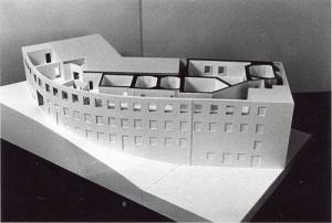 Modellen visar den gamla strumpfabriken i Mölndals Kråka. Den västligaste eller nedersta delen av fabriken blev musikhus. Foto ur Björn Asplinds samling.