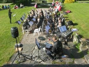 Mölnlycke Blåsorkester – en stor orkester.