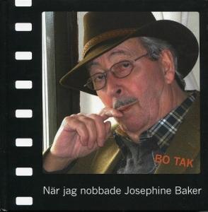 Bo Taks memoarer visar på framsidan en bild av honom själv, en välklädd, välvårdad och lugn gentleman med många levnadsminnen. Foto: Anita Lundh.