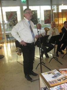 Ulf Ripa berättade sakkunnigt om de olika musikstyckena.