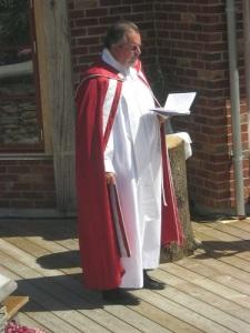 Hovpredikanten Peter Bratthammar gjorde nationaldagen stilfull och högtidlig.