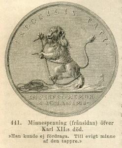 """Medaljbild med påskriften: """"Han kunde inte lära sig att tåla"""", det vill säga bojor och rep. Bilden är en fyndig sinnebild för det svenska stormaktsväldets långa dödskamp."""