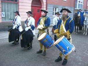 Norrmännen hade sorgflor på sina trummor. Foto: Lars Gahrn.